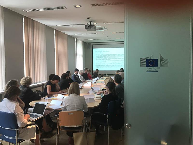 Diskusijā spriež par inovatīvu zāļu pieejamības veicināšanu