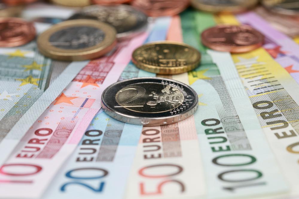 """""""Euroaptieka"""" pērn palielinājusi apgrozījumu un peļņu"""