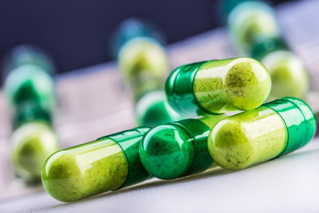 Decembrī nedaudz samazinājies zāļu lieltirgotavu apgrozījums un viena zāļu iepakojuma vidējā cena