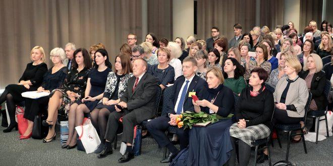 Latvijas Farmaceitu biedrība atzīmējusi 25 gadu jubileju