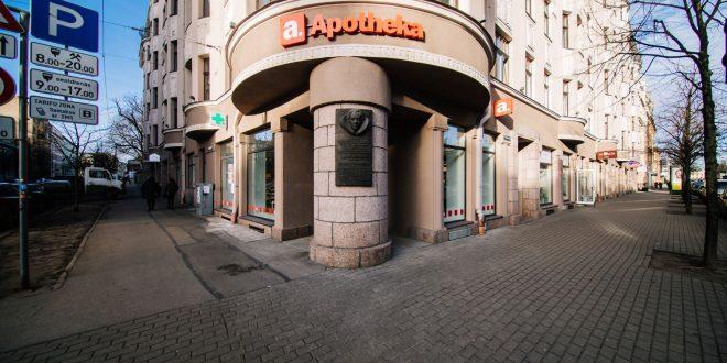 """Tērbatas ielā Rīgā atklāj """"Apotheka"""" pašapkalpošanās aptieku"""