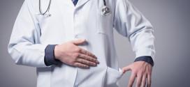 Lai apturētu medicīnas darbinieku izceļošanu, Ungārija paaugstina algas ārstiem un farmaceitiem