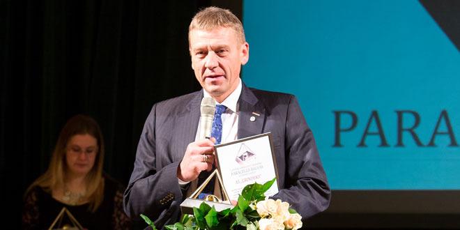 """Par """"Olainfarm"""" padomes priekšsēdētāju iecelts Juris Bundulis, par uzņēmuma valdes locekli – Jānis Leimanis"""