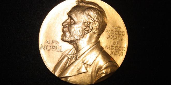 Nobela prēmija medicīnā piešķirta ASV un Japānas zinātniekiem par pētījumiem vēža ārstēšanā