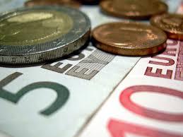 """""""Olainfarm"""" realizācijas apjoms 2015.gadā – par 5% lielāks kā pirms gada"""